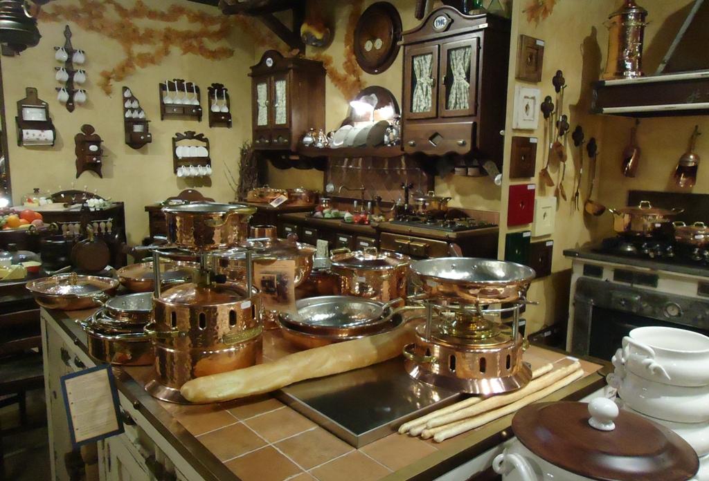 Cucine della nonna cucine della nonna al salone del for Cucine salone del mobile