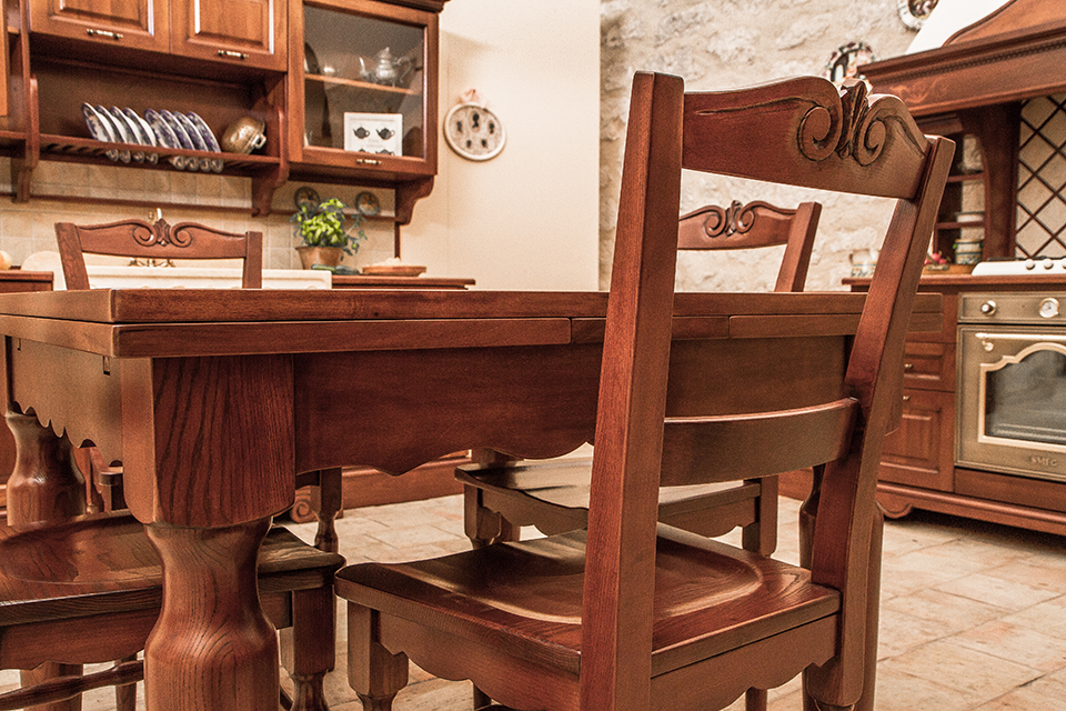 Cucine della Nonna - Cucine classiche in legno massello
